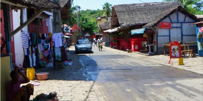 Le village d'Ambatoloaka à Nosy Be